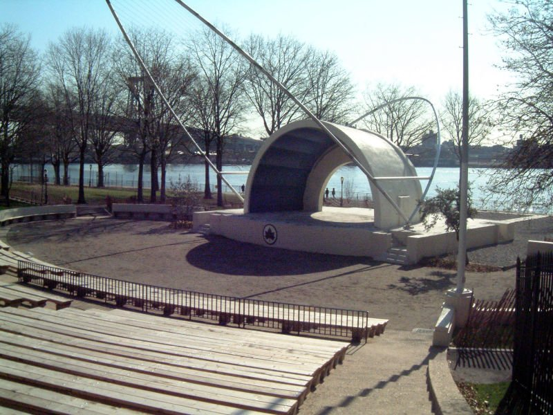 East River Park Amphitheater