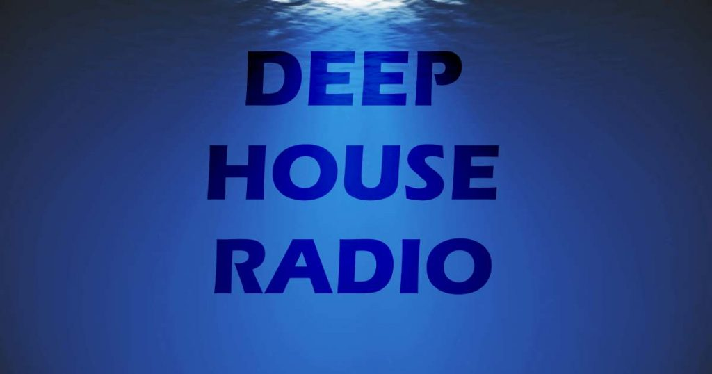 Deep house Radio image